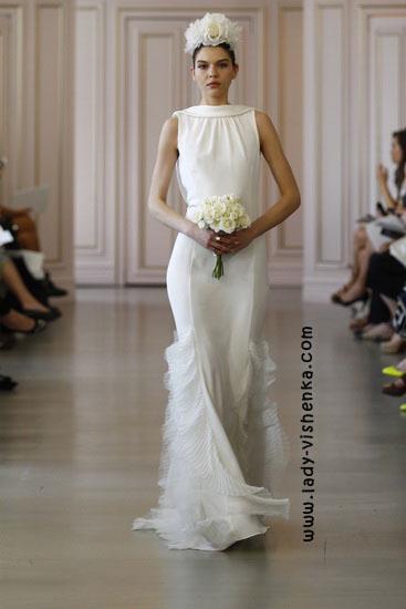 Свадебное платье с закрытыми плечами Oscar De La Renta
