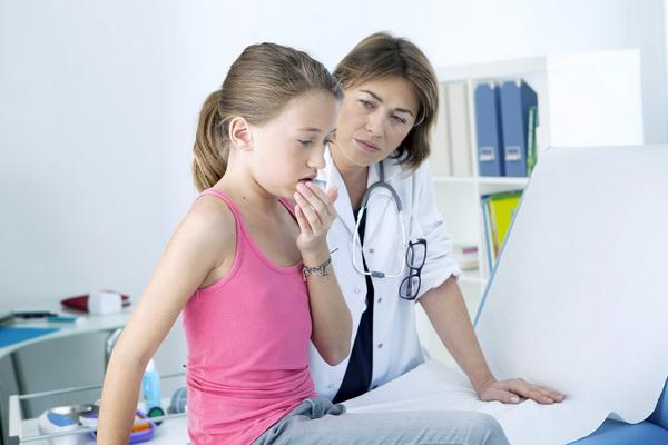 Загадочный вирус поражает детей
