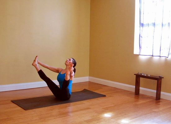 Балансирующая поза йоги