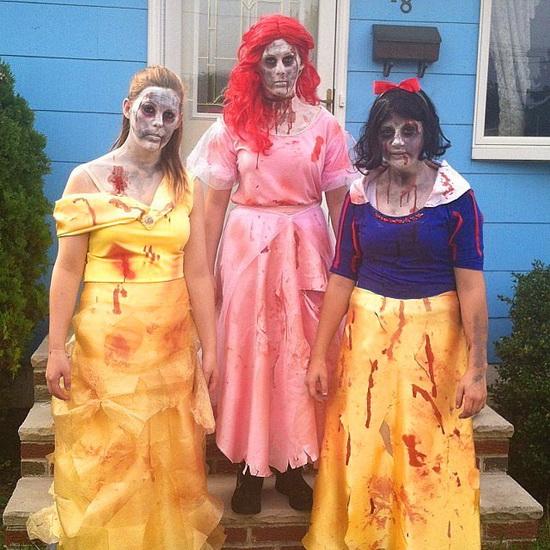 Зомби Бель на Хэллоуин
