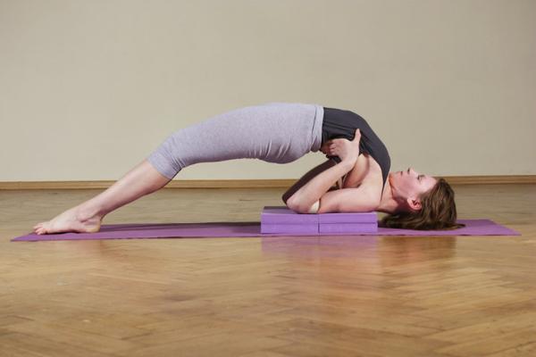 Позы йоги - фото