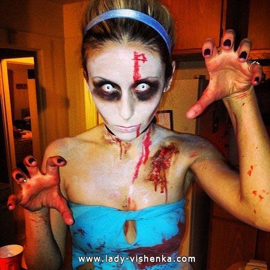 Зомби Золушка на Хэллоуин