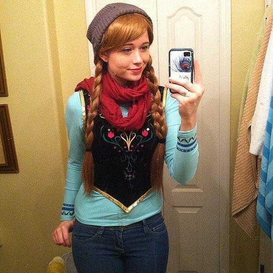 Простой костюм Анны на Хэллоуин