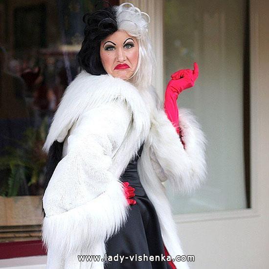 Костюм Круэллы на Хэллоуин для женщины