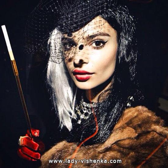 Наряд Круэллы на Хэллоуин - фото