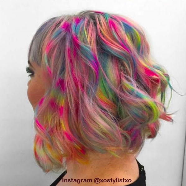 1. Голографические волосы