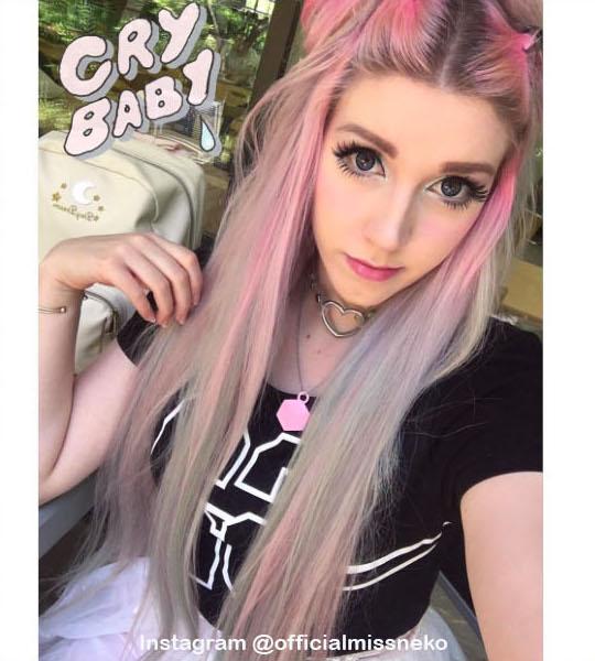 12. Голографические волосы