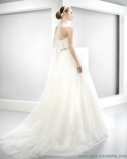 Сайт свадебных платьев Jesus Peiro