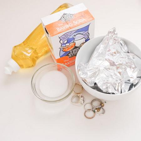Рецепт чистящего средства для украшений
