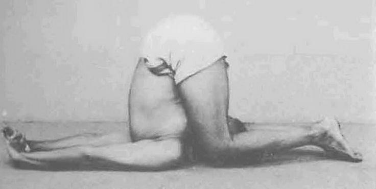 Сложные позы йоги лежа