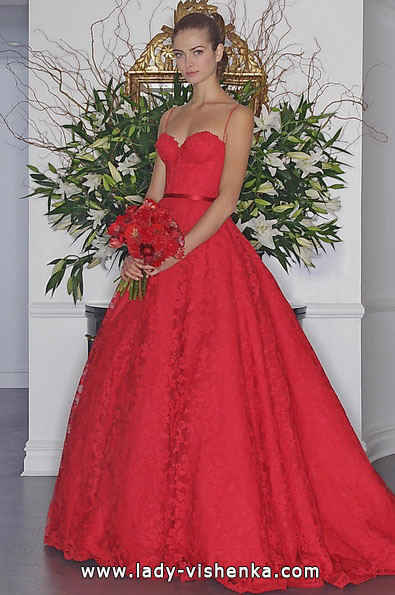 Свадебное платье пышное с кружевом - Romona Keveza