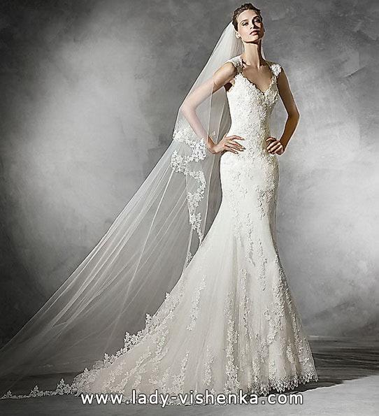 Свадебное платье с кружевом - рыбка - Pronovias