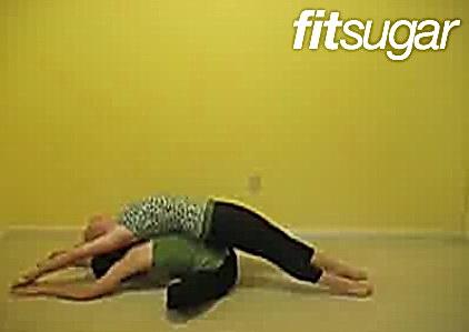 Позы йоги - Ленивая бабочка