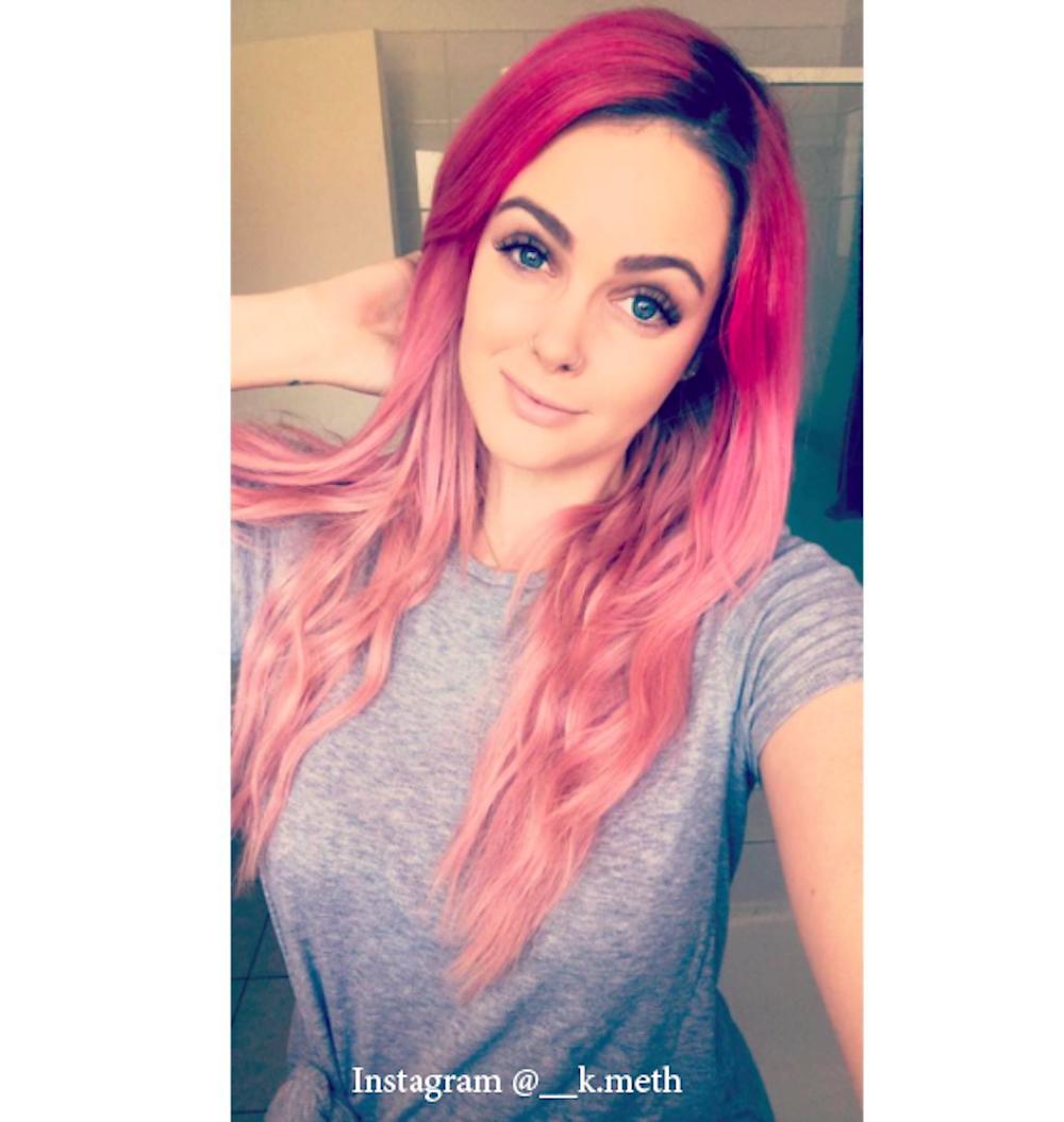 10. Розовый цвет волос