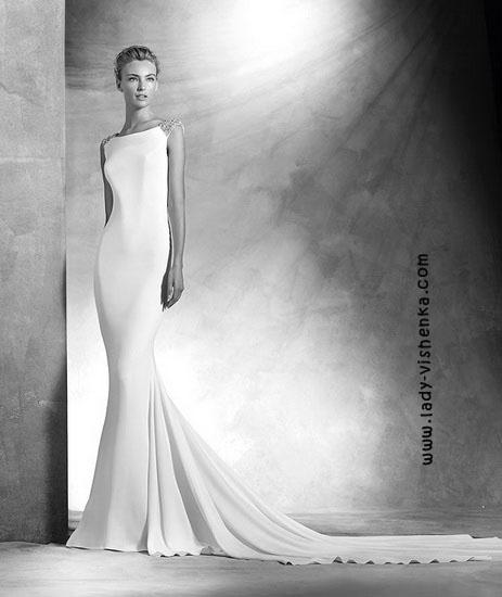 Прямое свадебное платье Pronovias