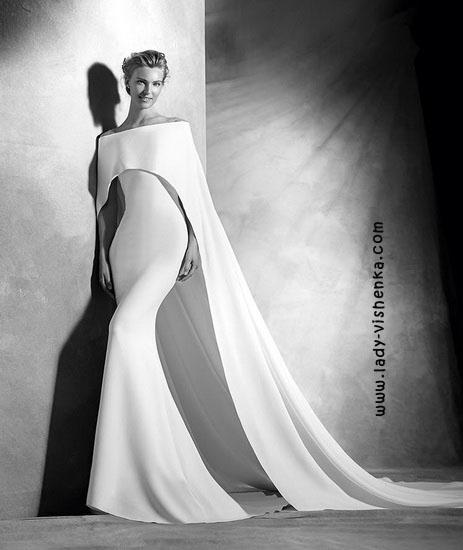 Оригинальное свадебное платье Pronovias