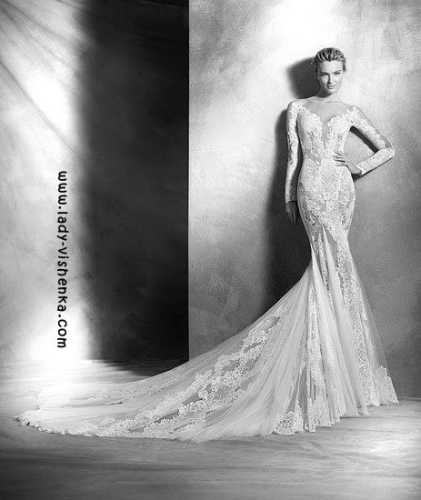 Кружевное свадебное платье с рукавами Pronovias