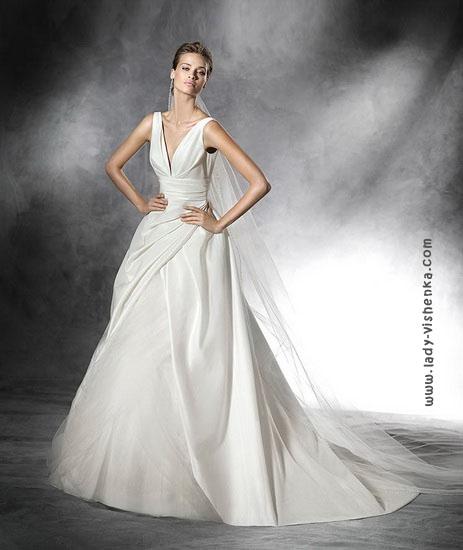 Необычное свадебное платье 2016 Pronovias