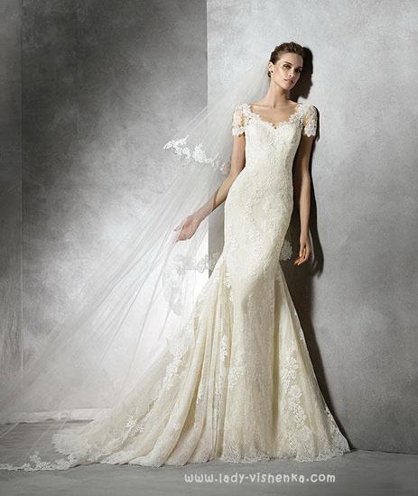 Свадебное платье рыбка айвори Pronovias