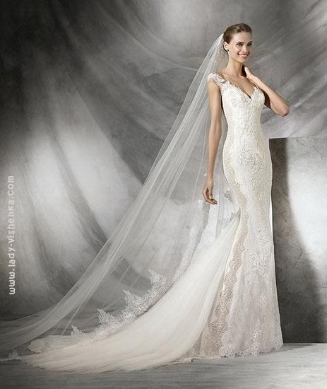 Свадебное платье русалочка с кружевом Pronovias