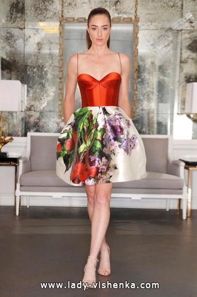 Свадебные платья с красными элементами - Romona Keveza