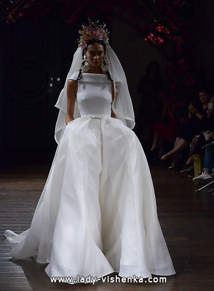 Свадебное платье из атласа 2016 - Naeem Khan