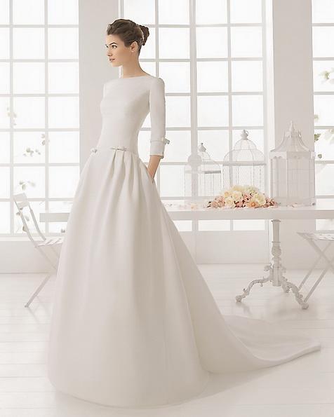 Свадебное платье из атласа со шлейфом - Aire Barcelona фото 2016