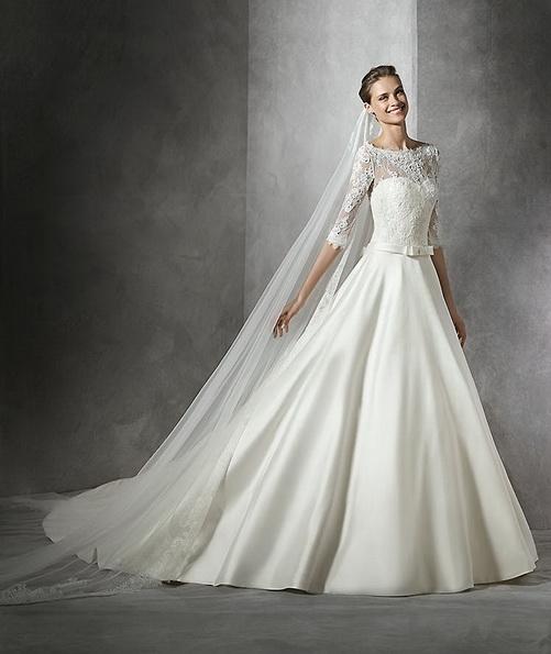 Атласное свадебное платье принцессы со шлейфом - Pronovias 2016