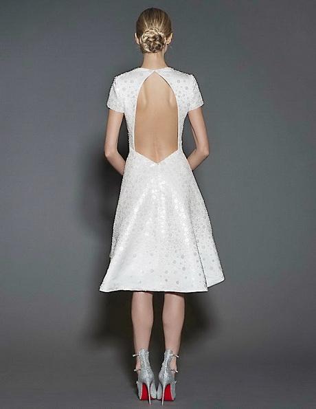 Короткие свадебные платья с рукавами и открытой спиной 2016 - Naeem Khan