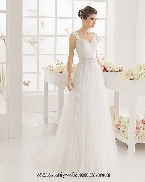 Простое свадебное платье фото - Aire Barcelona