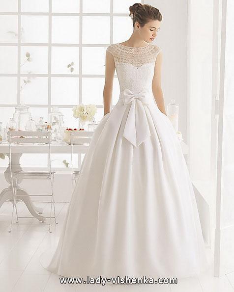 Простое свадебное платье с бантом - Aire Barcelona