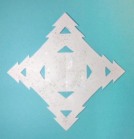Красивые снежинки объемные из бумаги своими руками
