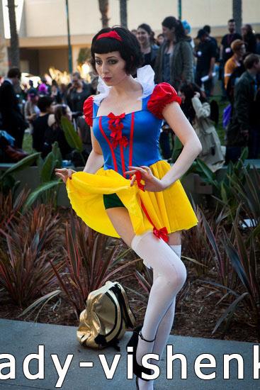 Секси костюм Белоснежки на Хэллоуин