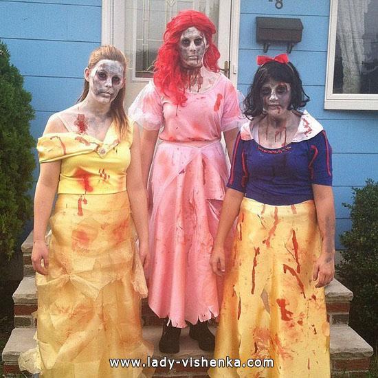 Зомби Белоснежка на Хэллоуин