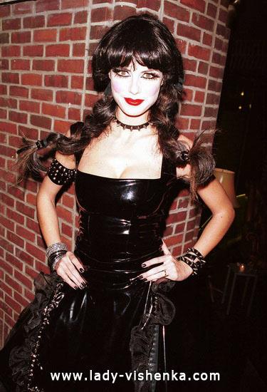 Вампирша на Хэллоуин - фото