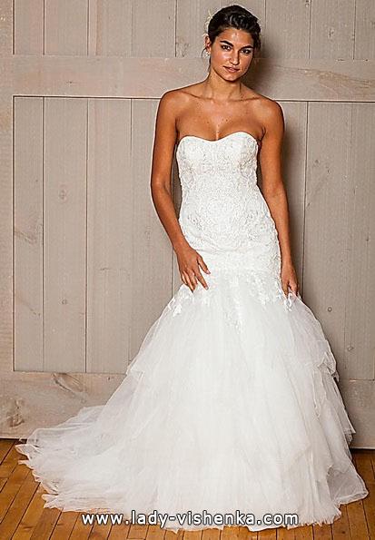 Свадебное платье рыбка со шлейфом - David's Bridal