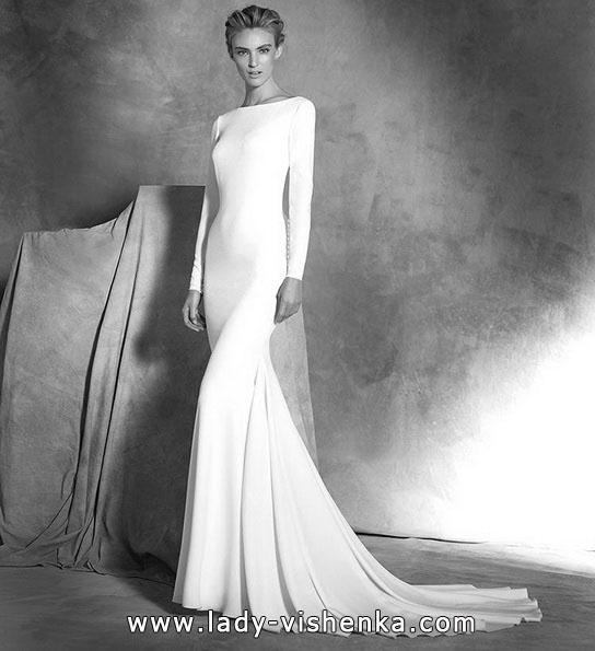 Свадебное платье рыбка со шлейфом - Pronovias