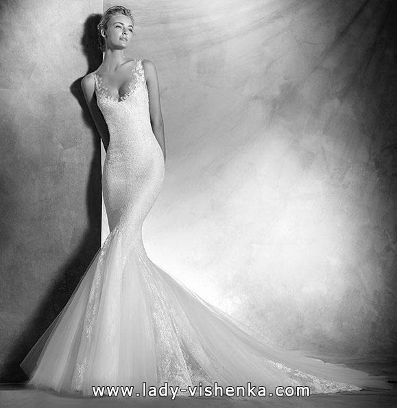 Свадебное платье фасона рыбка о шлейфом - Pronovias