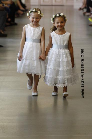 Свадебные платья для девочек Oscar De La Renta