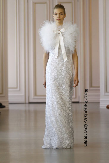 Прямые свадебные платья Oscar De La Renta