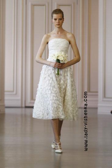 Свадебные платья короткие кружевные Oscar De La Renta