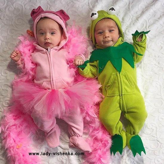 Костюмы Принцессы и Лягушенка для малышей