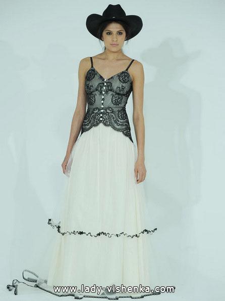 Черно-белое свадебное платье фото - Claire Pettibone