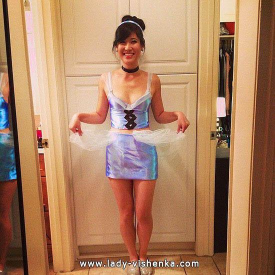 Короткий костюм Золушки на Хэллоуин
