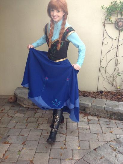 Анна - простой костюм на Хэллоуин