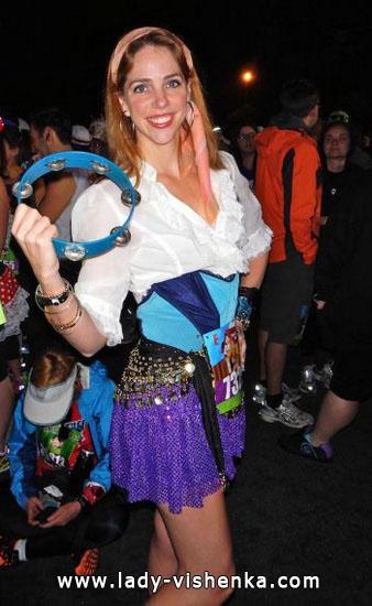 Короткий костюм Эсмеральды на Хэллоуин
