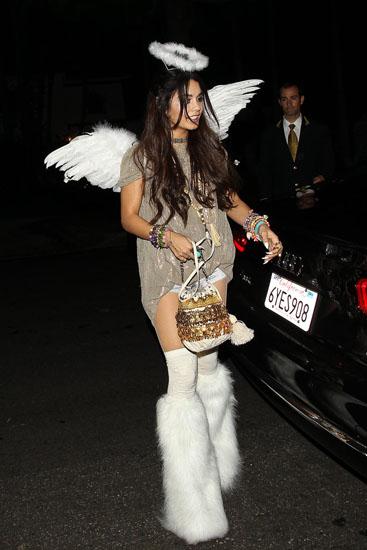 Красивый костюм Ангела на Хэллоуин
