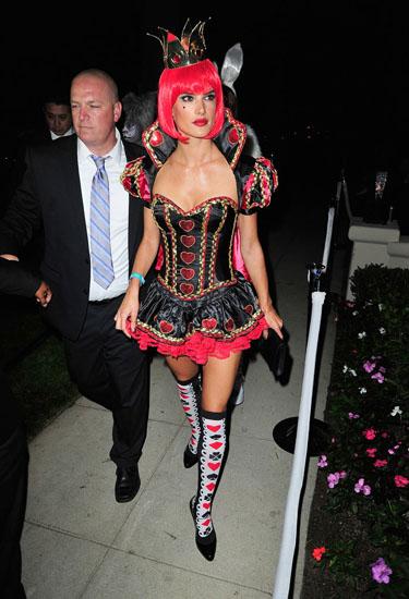 Королева Червей - костюм на Хэллоуин