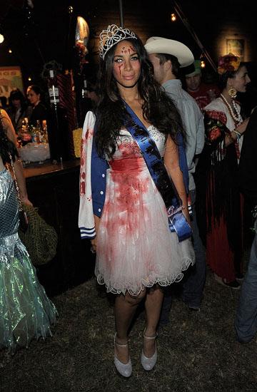 Leona Lewis - Зомби принцесса на Хэллоуин