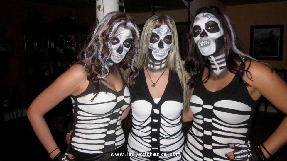 Образ скелета на Хэллоуин своими руками